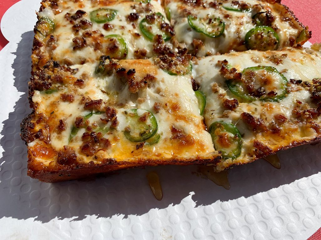square sausage jalapeno pizza detroit style pizza